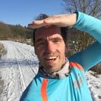 Laufen bei Sonne und Schnee