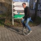 Alternativtraining (Einrad fahren)